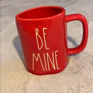 Rae Dunn Be Mine mug